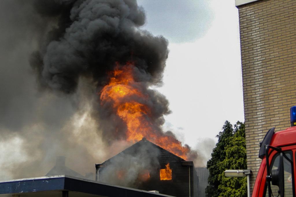 Heerjansdam brand 26-5-2014 004