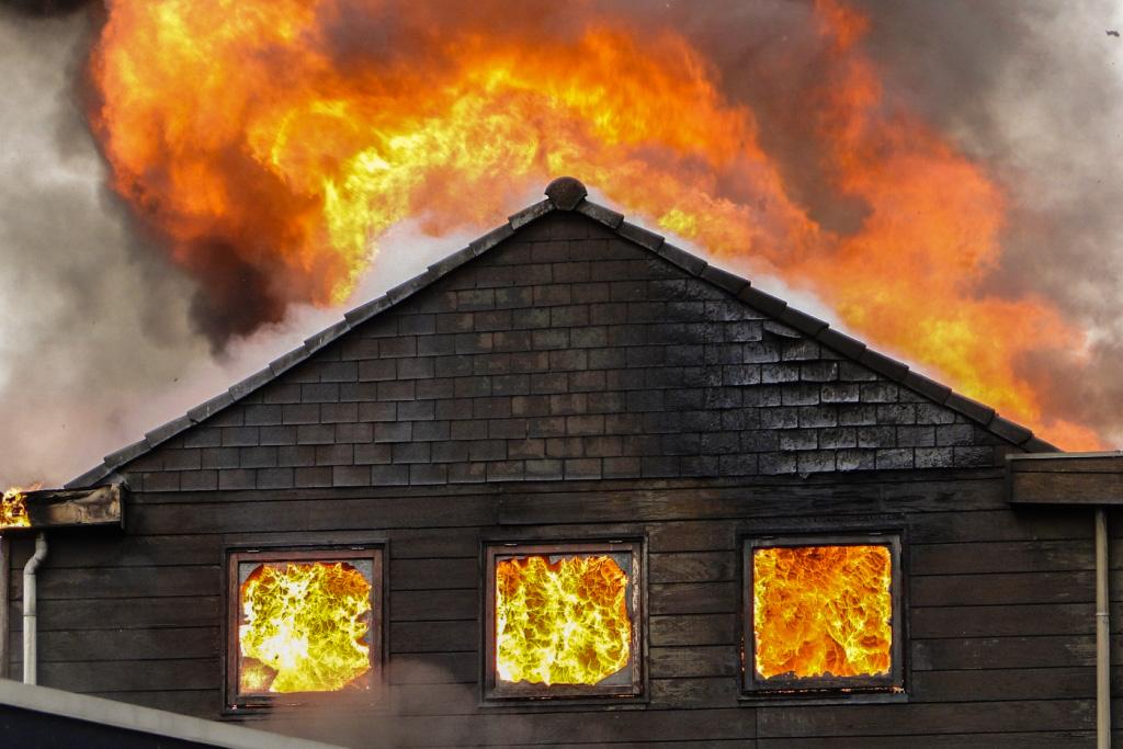 Heerjansdam brand 26-5-2014 009