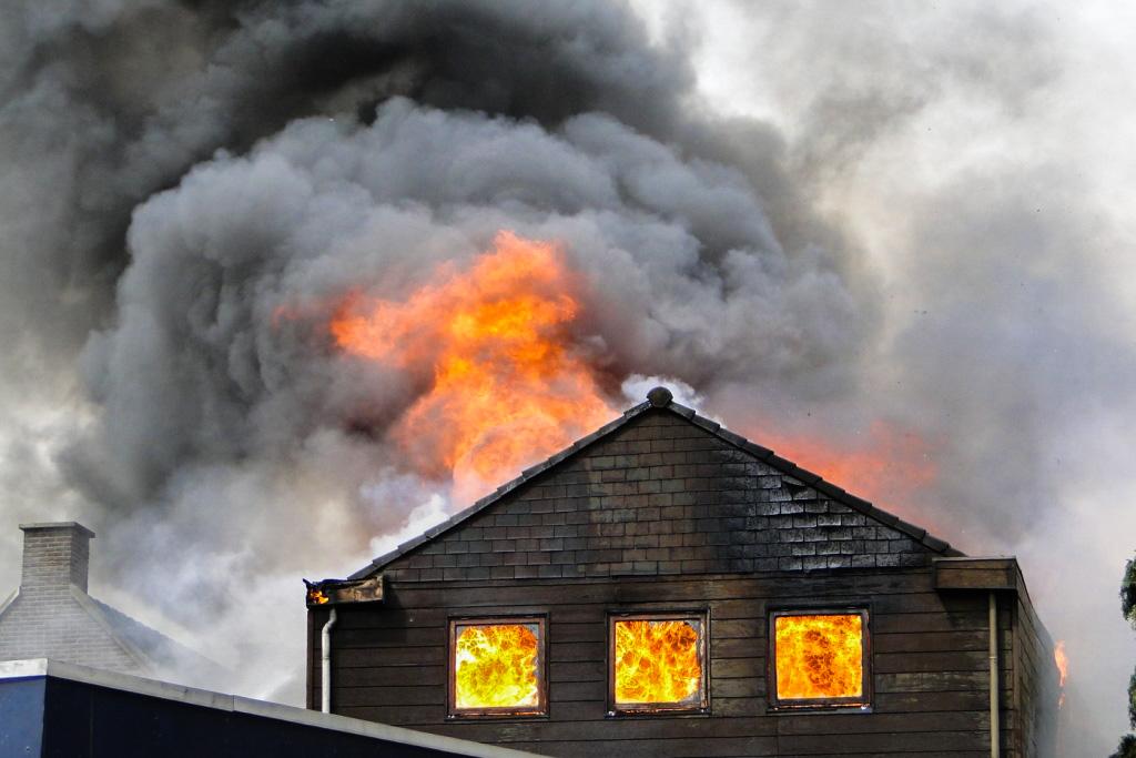 Heerjansdam brand 26-5-2014 012