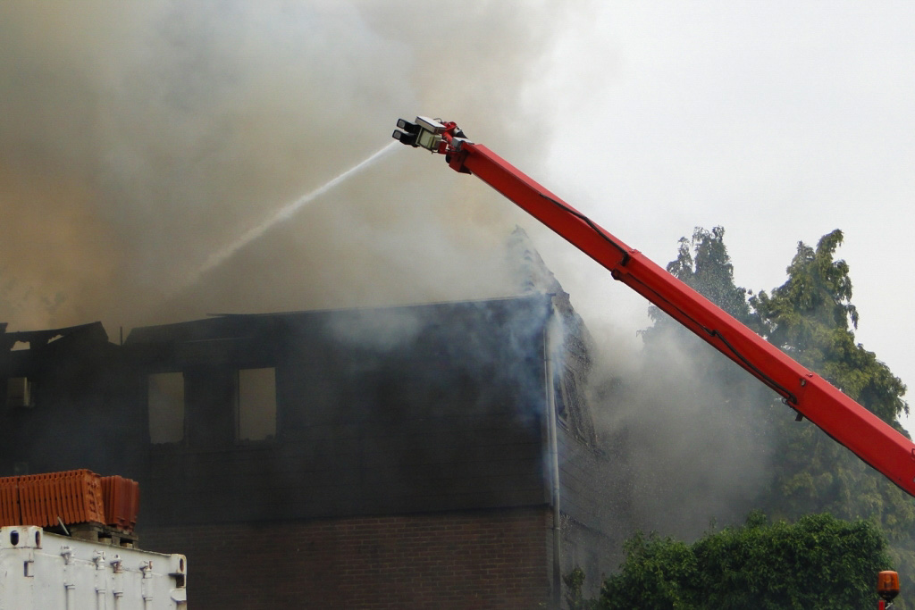 Heerjansdam brand 26-5-2014 039