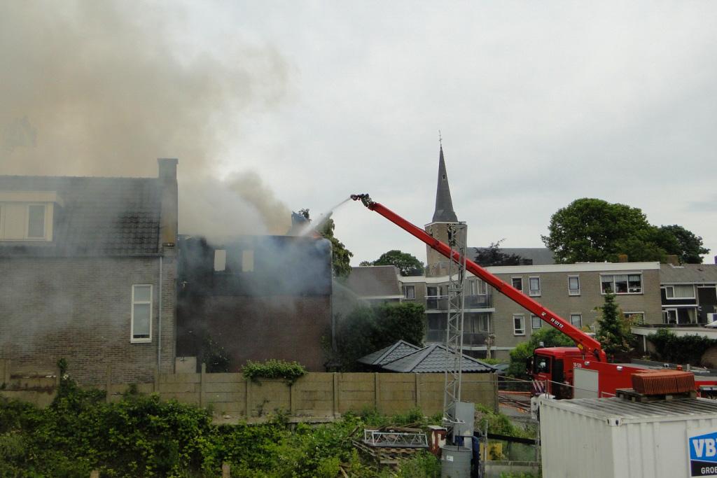 Heerjansdam brand 26-5-2014 054
