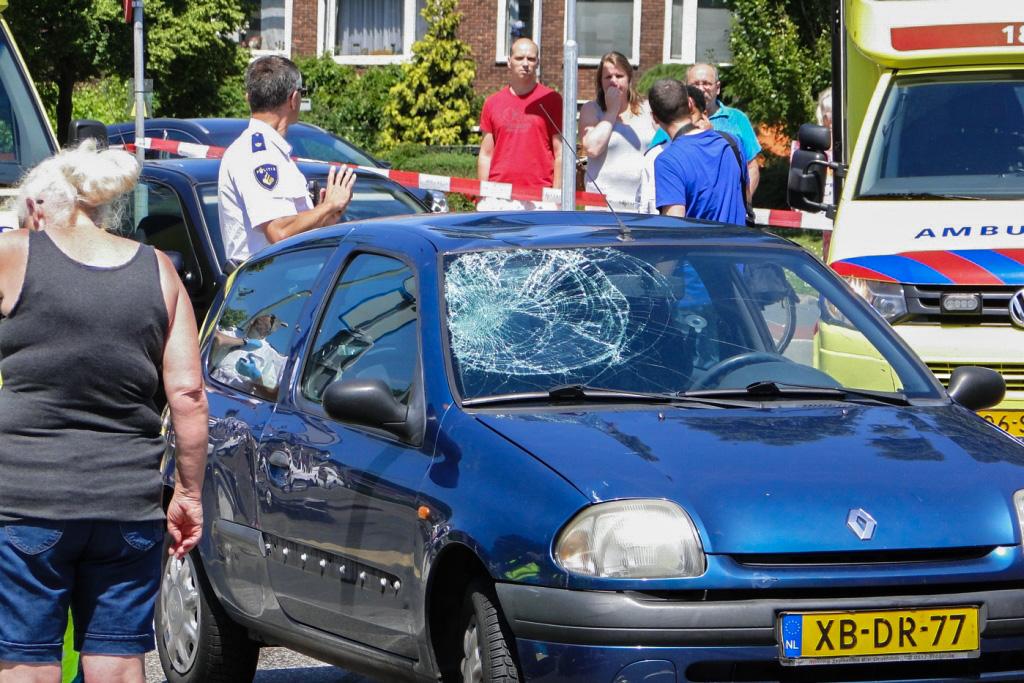 Hugo de Grootlaan ongeval 6-6-2014 026