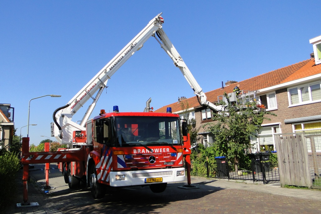 Breitnerstraat afhijsing 27-8-2014 010