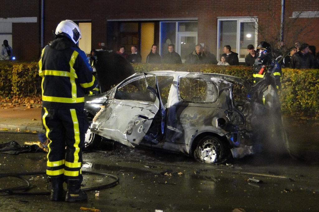 Merwedestraat autobrand 20-11-2014 033