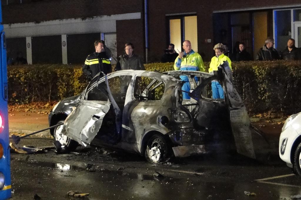 Merwedestraat autobrand 20-11-2014 041