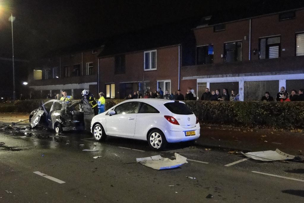 Merwedestraat autobrand 20-11-2014 046